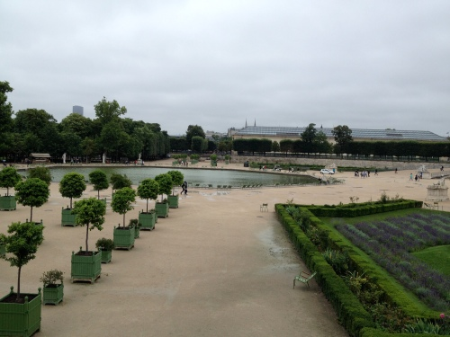 A dreary and wet day at the Tuileries today